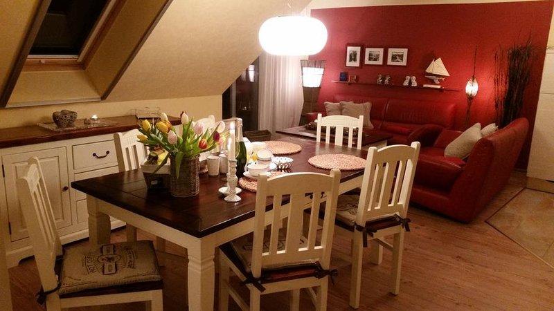Neue Liebe (Wohnung 14) im Haus Stranddistel, komfortable Ferienwohnung im 2. OG, location de vacances à Zingst