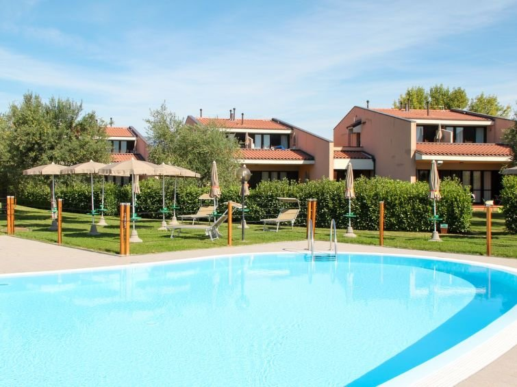 Apartment Villaggio Barbara  in Moniga del Garda, Lake Garda/ Lago di Garda - 3, holiday rental in Moniga del Garda