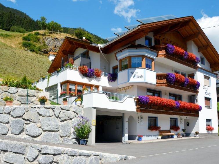 Ferienwohnung Apart Birgit (KPL175) in Kappl - 14 Personen, 4 Schlafzimmer, holiday rental in Kappl