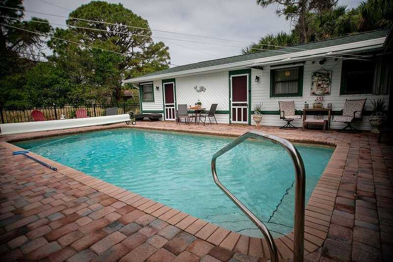 Sebastian Florida Guesthouse with Heated Pool, vacation rental in Sebastian