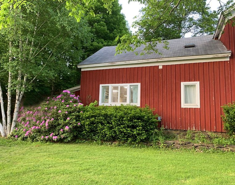 Elegant Catskill Mountain Getaway, a spacious, new, two bedroom retreat, vacation rental in Andes
