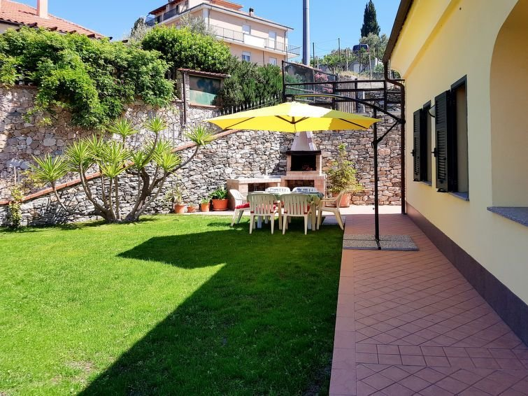 Ferienhaus Simone (FLG287) in Finale Ligure - 4 Personen, 2 Schlafzimmer, vacation rental in Finale Ligure