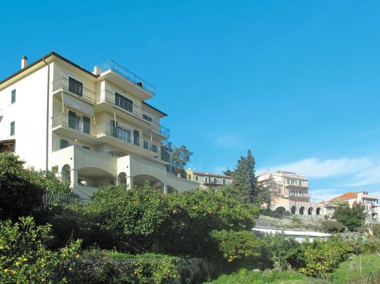 Ferienwohnung Chiara (PTL201) in Pietra Ligure - 6 Personen, 2 Schlafzimmer, Ferienwohnung in Ranzi