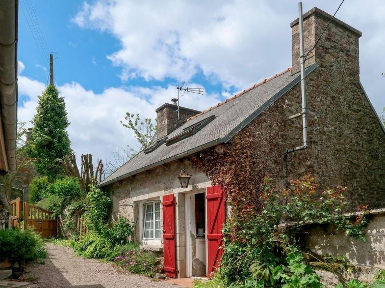 Ferienhaus Gwenn (PPL104) in Paimpol - 5 Personen, 2 Schlafzimmer, holiday rental in Yvias