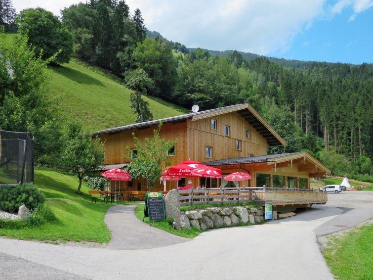 Ferienwohnung Talbach (MHO777) in Mayrhofen - 16 Personen, 8 Schlafzimmer, aluguéis de temporada em Zell im Zillertal