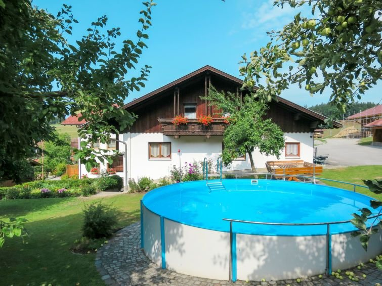 Apartment Ferienhof Wolf  in Viechtach, Bav. Forest/ Lower Bavaria - 5 persons,, casa vacanza a Teisnach