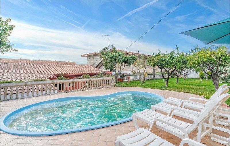 4 Zimmer Unterkunft in Nocera Terinese, vakantiewoning in Marina di Nocera Terinese