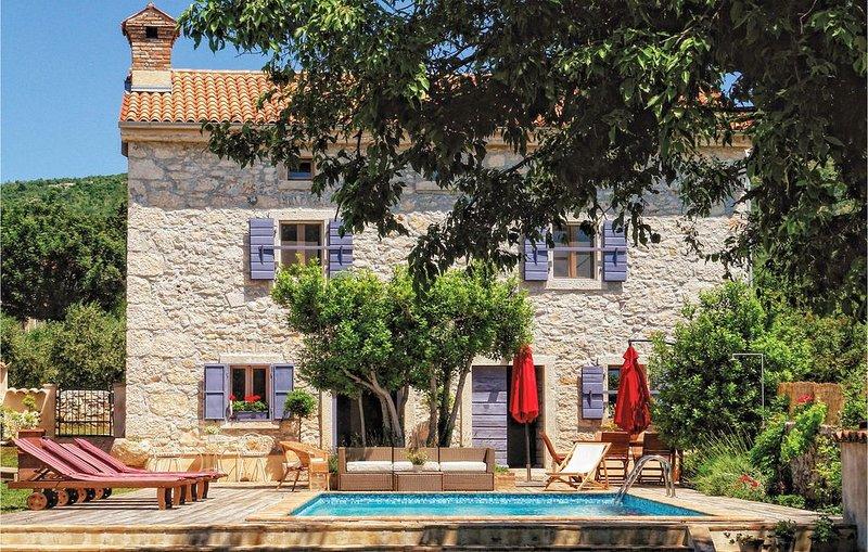 4 Zimmer Unterkunft in Koromacno, alquiler de vacaciones en Viskovici
