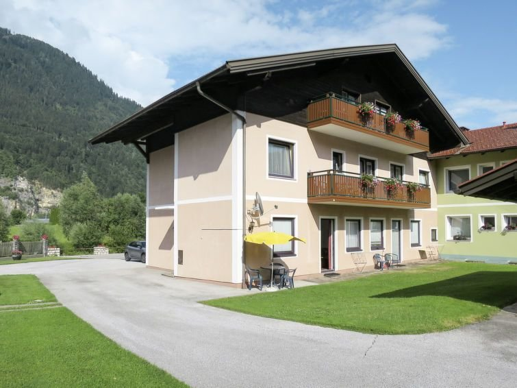 Apartment Haus Unterkofler  in Treffen/Töbring, Carinthia / Kärnten - 4 persons, vacation rental in St. Andra