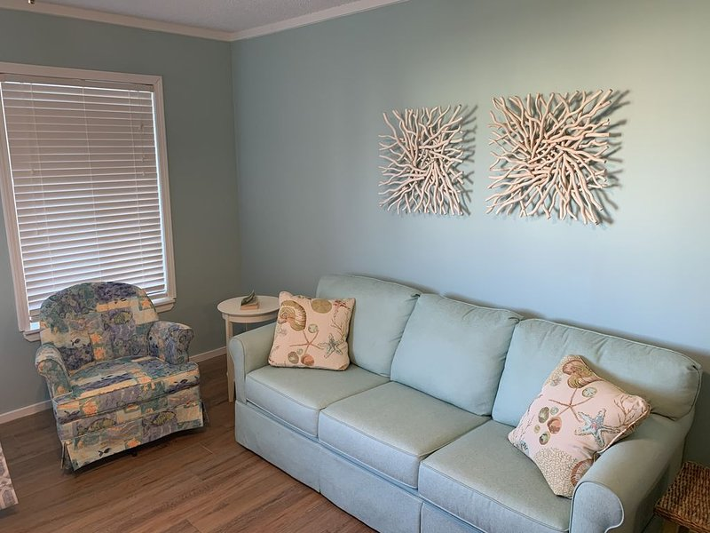 Wide, Sandy Beaches Await You!, holiday rental in Morehead City