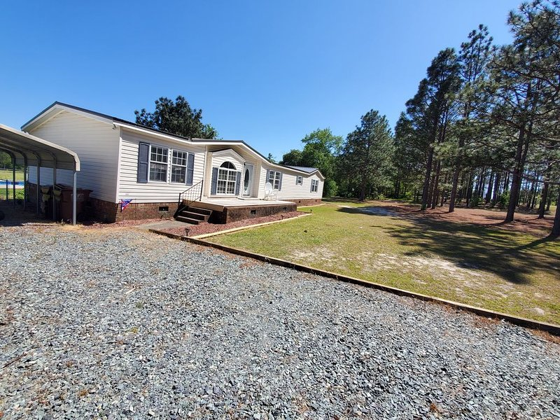 Quiet country living only minutes from town & golf., holiday rental in Pinebluff