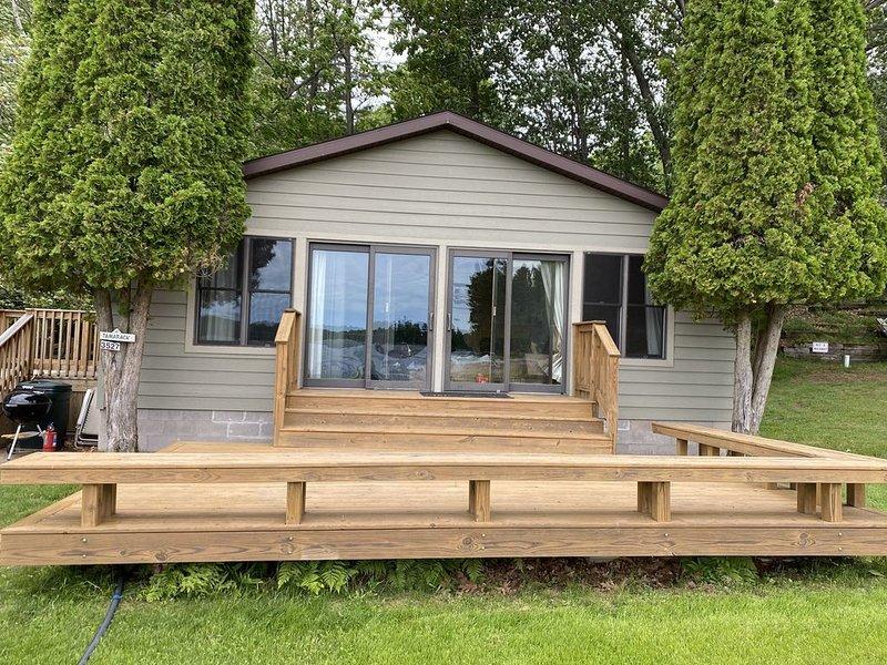 Northwoods cabin on pristine Lake Thompson., vacation rental in Summit Lake