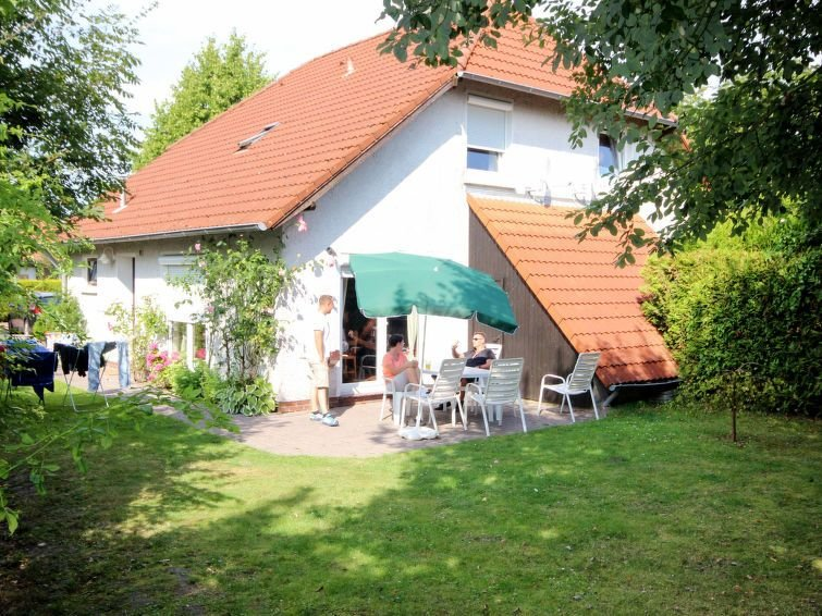 Vacation home Haus MEE(H)RZEIT  in Hooksiel, North Sea: Lower Saxony - 6 person, holiday rental in Hooksiel