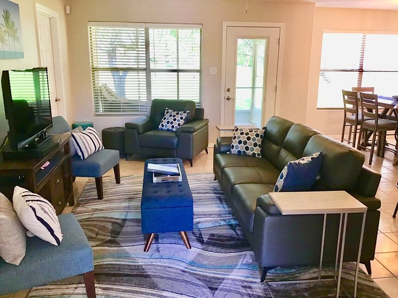 Beautiful Remodeled Casita-5 AW, vacation rental in Brownsville