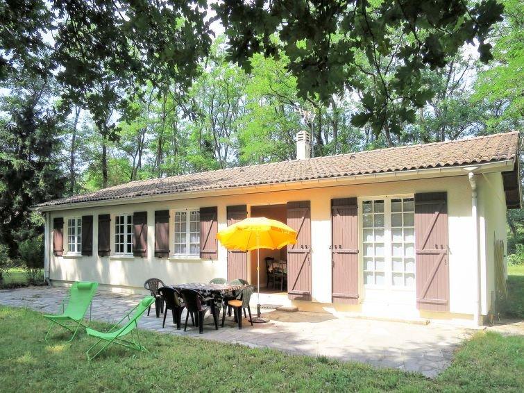 Ferienhaus Cantebos (SLC110) in Saint Laurent de Médoc - 6 Personen, 3 Schlafzim, holiday rental in Castelnau-de-Medoc