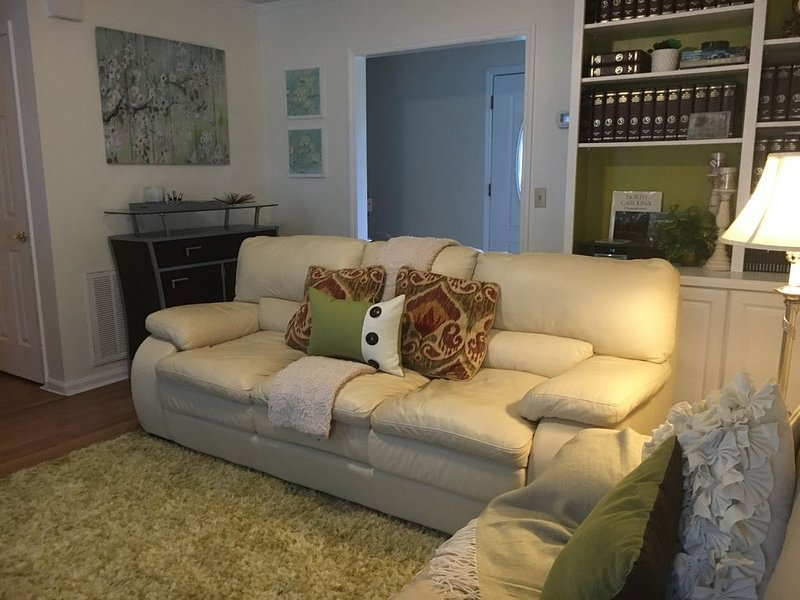 Cape Cod Style House, vacation rental in Wilmington