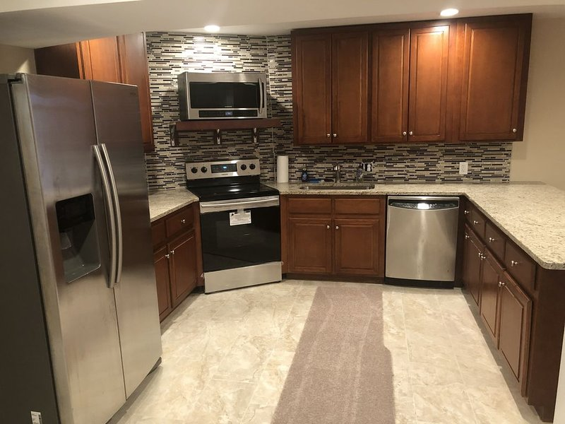 Fully newly renovated basement, vacation rental in Egg Harbor Township