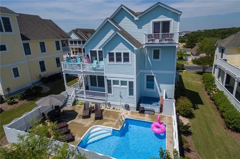 Professionally Decorated, 4 BDR Ocean View, One Summer 2020 week left!, alquiler de vacaciones en Corolla