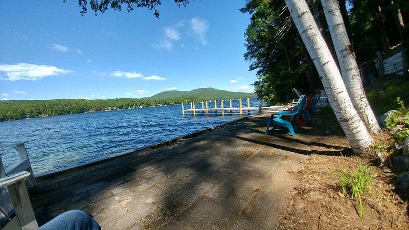 Beautiful Lake Winnipesaukee Waterfront!, holiday rental in Center Barnstead