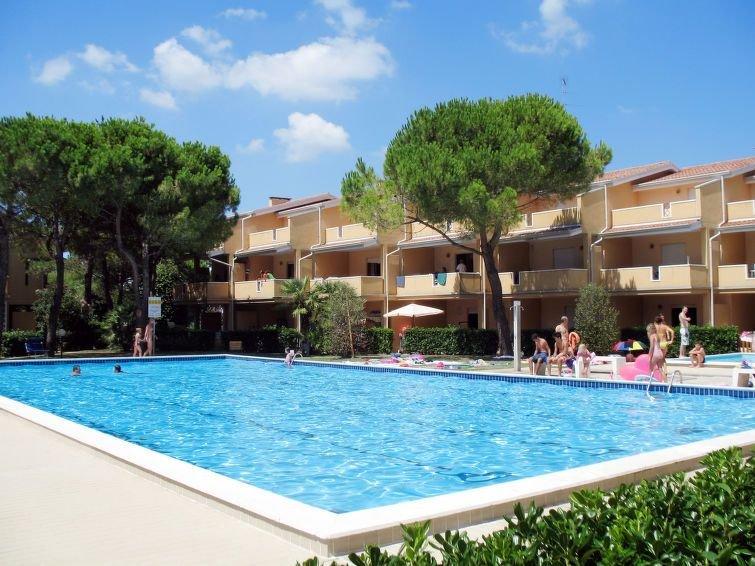 Apartment Villaggio Selene  in Bibione - Spiaggia, Adriatic Sea / Adria - 6 per, holiday rental in Bevazzana