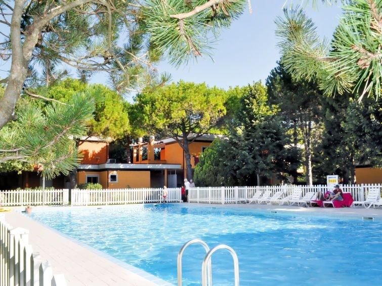 Ferienwohnung Villaggio Splendido (BIB631) in Bibione - 4 Personen, 1 Schlafzimm, holiday rental in Bevazzana