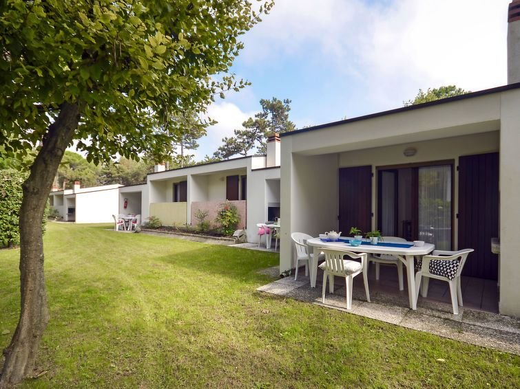 Ferienhaus Villaggio Paradiso in Bibione - 6 Personen, 2 Schlafzimmer, holiday rental in Bibione