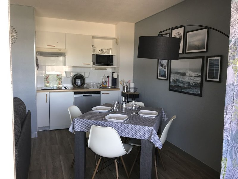 Appartement vue mer Guidel-plages, vacation rental in Guidel