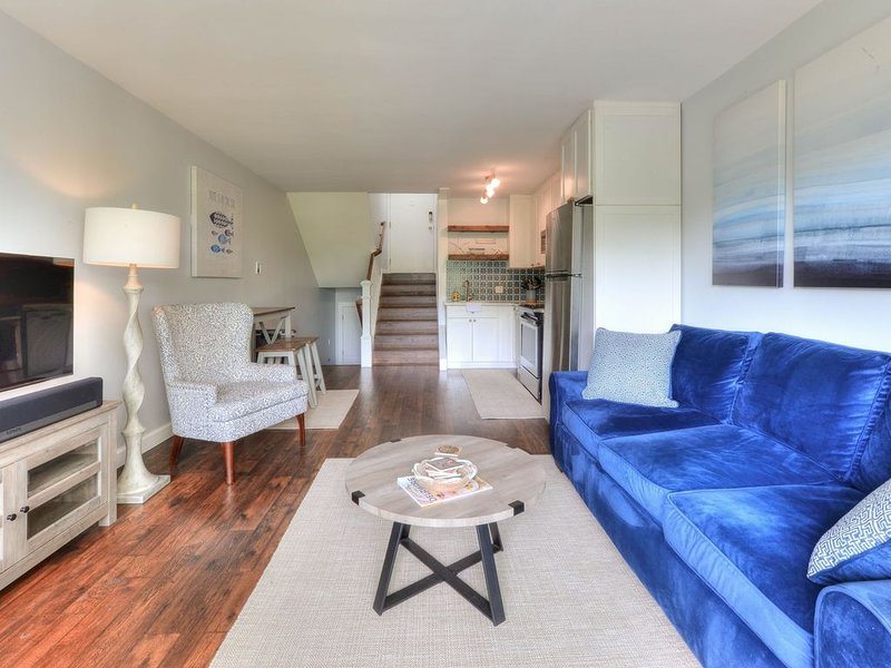 Gorgeous 2020 renovated property in town & walking distance to the beach & shops, alquiler de vacaciones en Rehoboth Beach