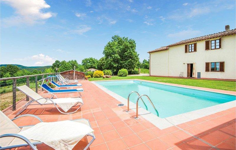 7 Zimmer Unterkunft in Monticiano SI, holiday rental in Monticiano