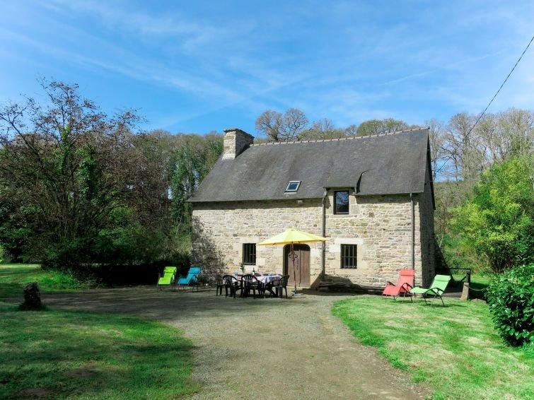 Ferienhaus Kozh Vilin (LAF300) in Lanleff - 4 Personen, 2 Schlafzimmer, holiday rental in Pontrieux