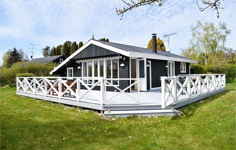 2 Zimmer Unterkunft in Dronningmølle, holiday rental in Fredensborg Municipality