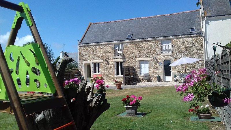 Gite rénové dans un ancien corps de ferme, location de vacances à Sainte-Hélène
