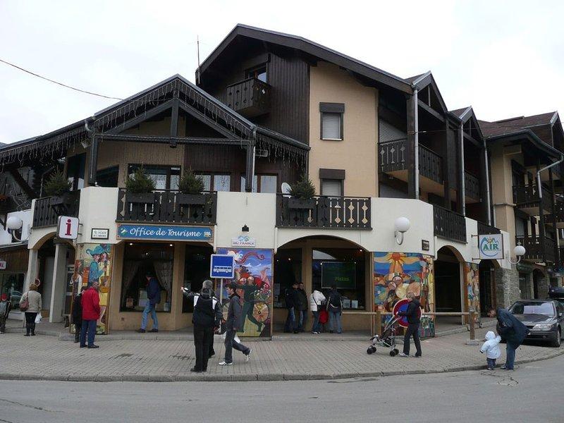 Location saisonnière d'un studio aux  Carroz d'Arâches, holiday rental in Magland