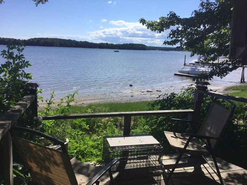 Lovely Waterfront Suite near Portsmouth, location de vacances à Barrington
