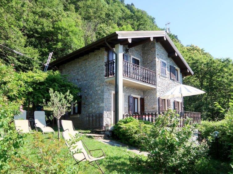 Vacation home Casa Alba  in Gravedona ed Uniti (CO), Lake Como - 6 persons, 2 b, alquiler vacacional en Province of Como