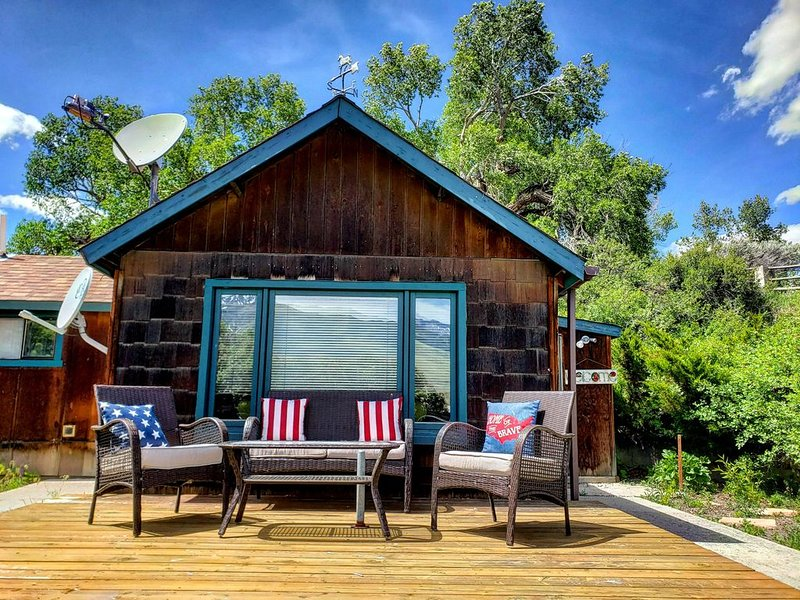 Private Cottage away from Crowds, vacation rental in Wapiti