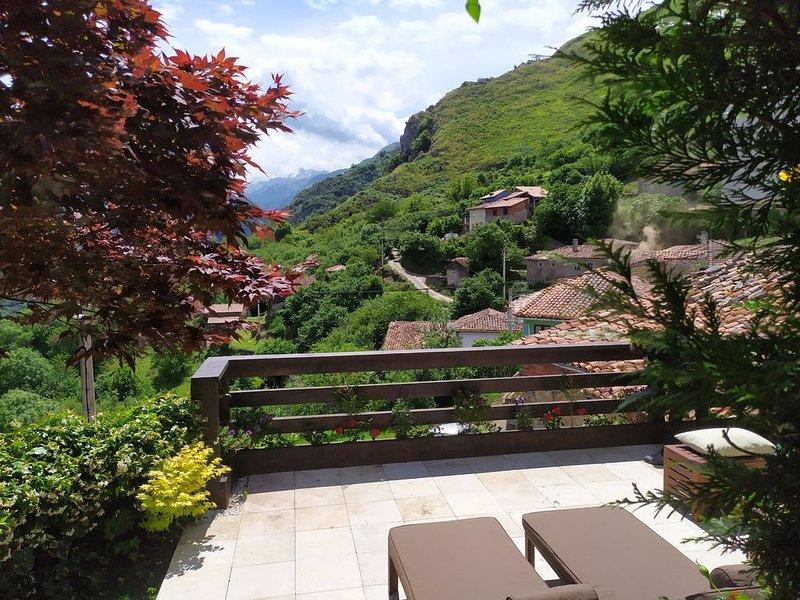 Casa Mirador Picos de Europa, holiday rental in Tornin