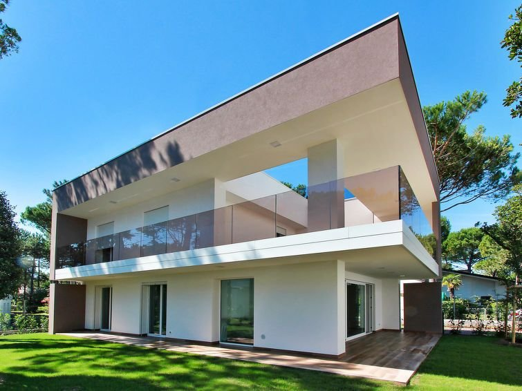 Vacation home Villa Summer  in Lignano - Pineta, Adriatic Sea / Adria - 8 perso, holiday rental in Aprilia Marittima