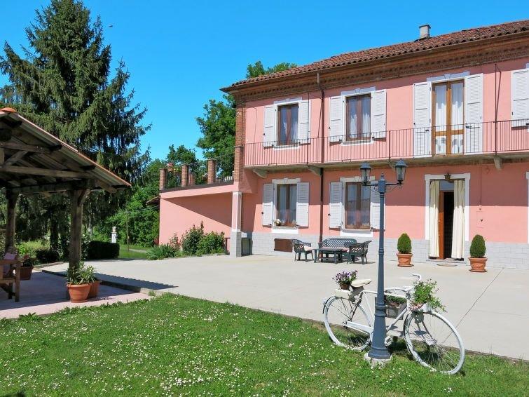 Ferienhaus Casa Manuela (AST165) in Asti - 7 Personen, 3 Schlafzimmer, vacation rental in Cantarana