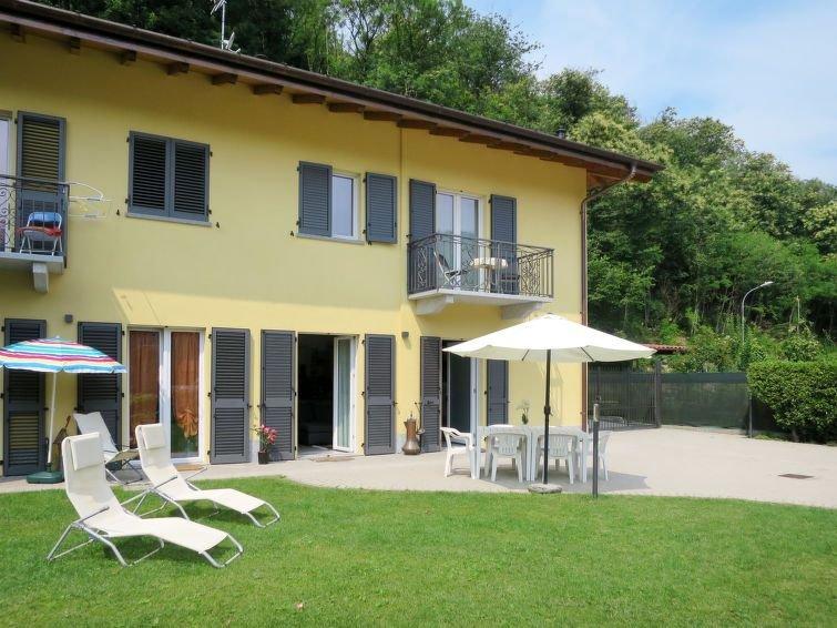 Vacation home Casa CARMEN  in Brissago Valtravaglia (VA), Lago Maggiore - Lake, location de vacances à Province of Varese
