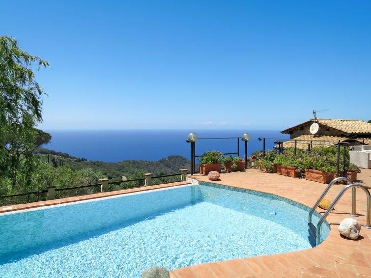 Ferienhaus Ricali (MTO375) in Monte Argentario - 8 Personen, 4 Schlafzimmer, casa vacanza a Isola Del Giglio