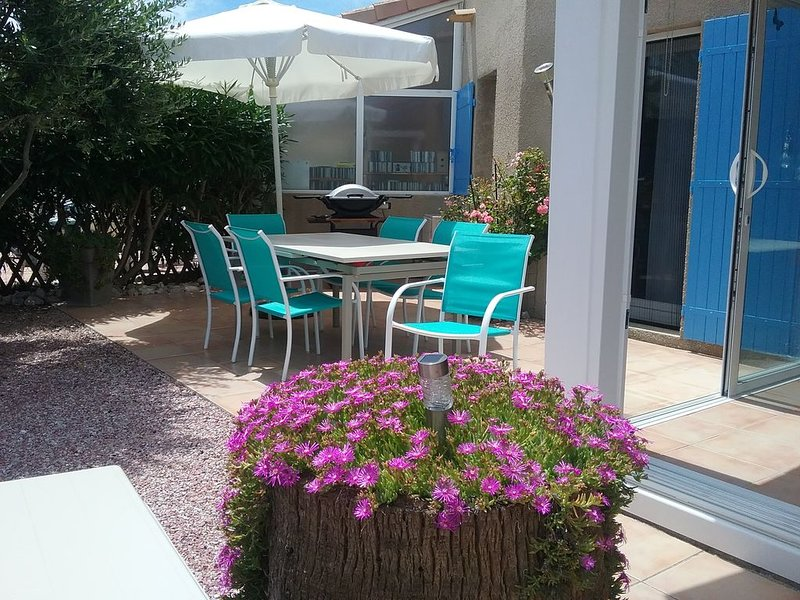 Maison Grand Confort pour 2, 4 ou 6 pers, chambres climatisées, holiday rental in Portiragnes