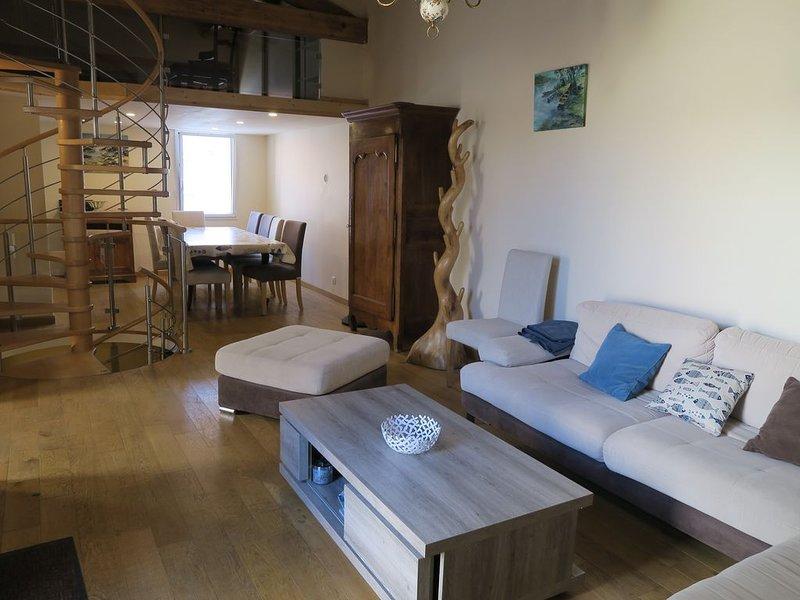 Maison, Coeur de Croix de Vie, 3Ch+mezzanine+parking, holiday rental in Le Fenouiller