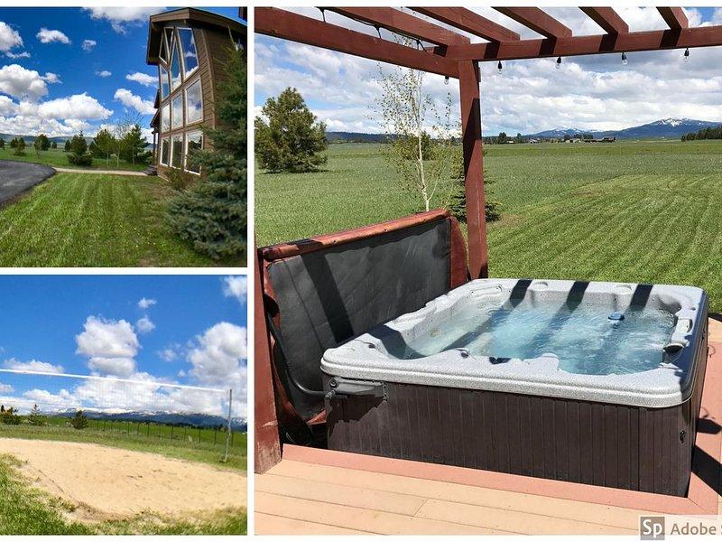 Spacious 5 Bedroom Home, 4 Acres, Hot Tub, Snowmobile Parking, Views, Game Room, location de vacances à McCall