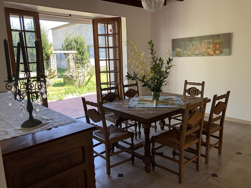 Chez Firmin, holiday rental in Brizambourg
