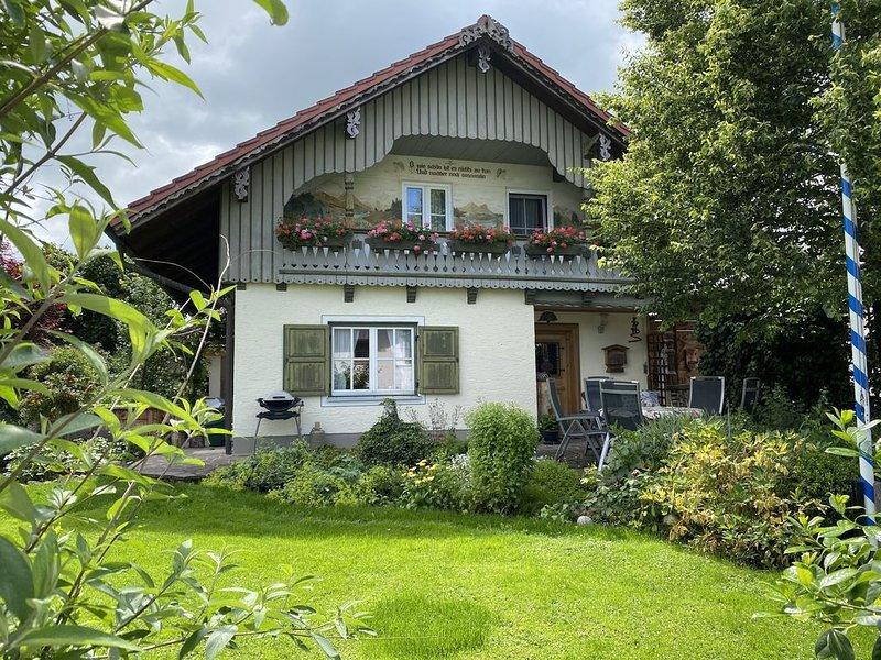 Almhüttenstil in Schönau bei Bad Aibling/Rosenheim, location de vacances à Feldkirchen-Westerham