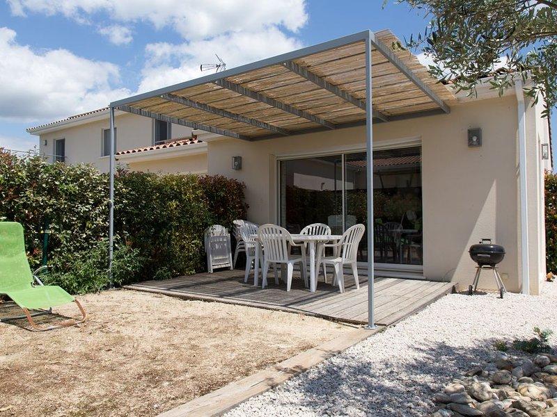 Gite à la boissière, entre vignes et garrigues, proche de Montpellier., holiday rental in Saint-Jean-de-Fos