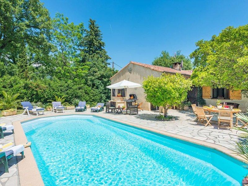 Villa individuelle avec piscine sous le soleil au calme à Peymeinade, 06, location de vacances à Spéracèdes