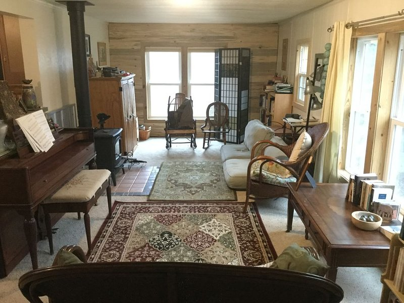 Spacious yard, great location, vacation rental in Livermore