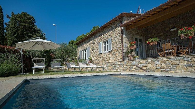 La Casa di Radda, Radda in Chianti, Siena and Chianti, holiday rental in Radda in Chianti